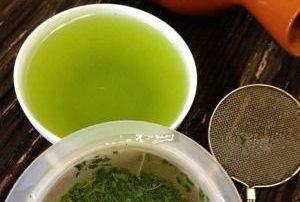 ทำไมชาเขียวถึงมีประโยชน์ต่อสุขภาพ